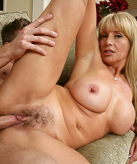 Hot wife milf cumshot